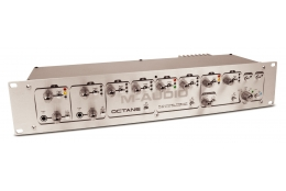 M-Audio Octane 8-kanal predzosilovač.